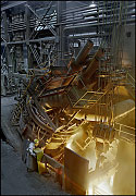 LATROBE SPECIALTY STEEL, tapping the electric arc furnace